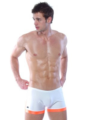 william_levy_02_09.jpg