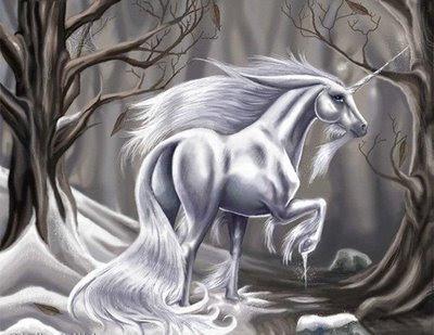 unicornio tatuaje. Hay unicornios que sólo se ven en el frío del invierno.