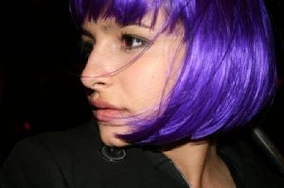 brenda asnicar pelo violeta