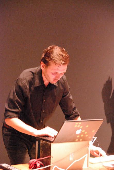 ROBERT LIPPOK   PAISAJE SONORO CCS-BRLN  '09