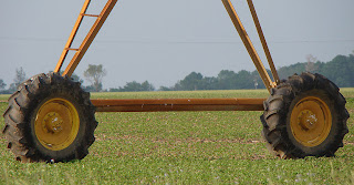 Irrigation pivot tires