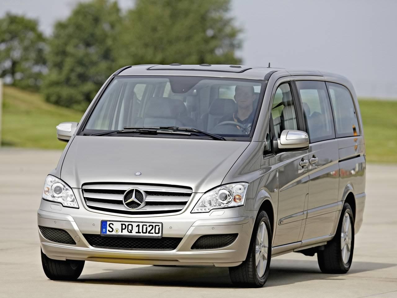 2011 Mercedes Benz Viano