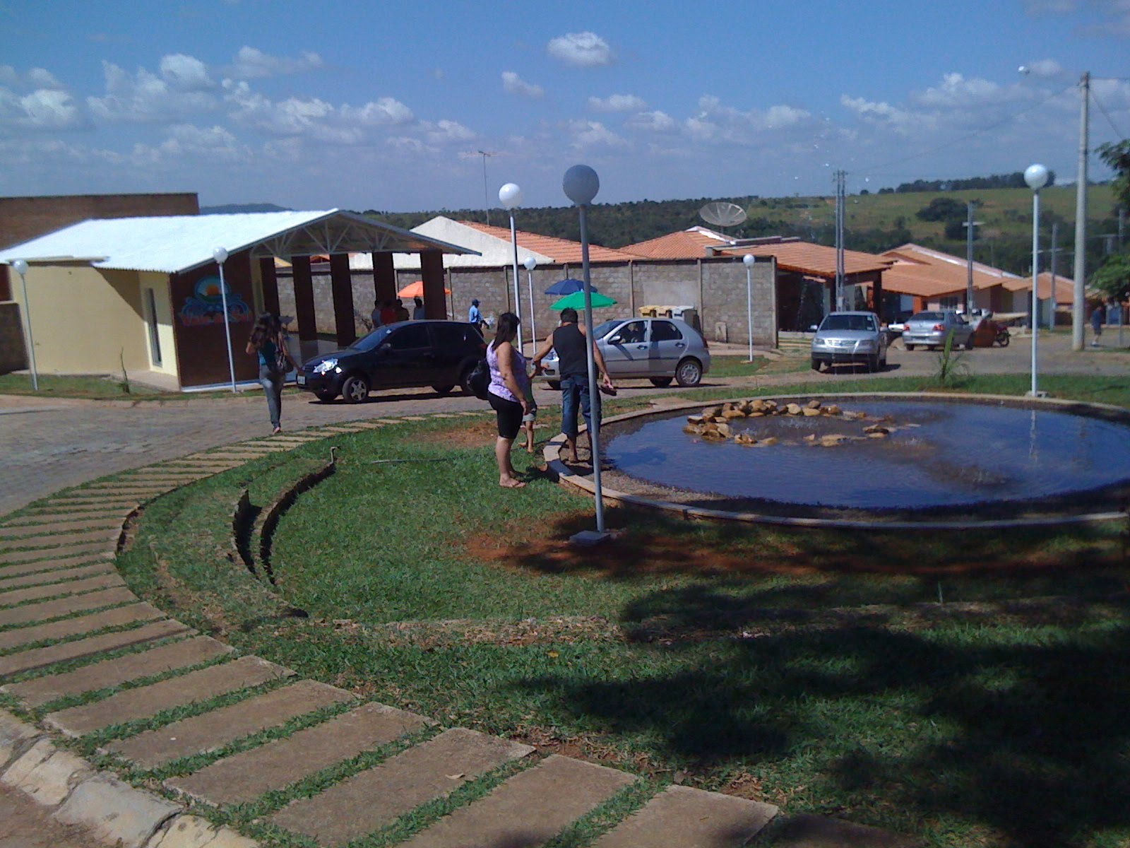 Morar bem viver melhor piscina no residencial vale do sol for K sol piscinas