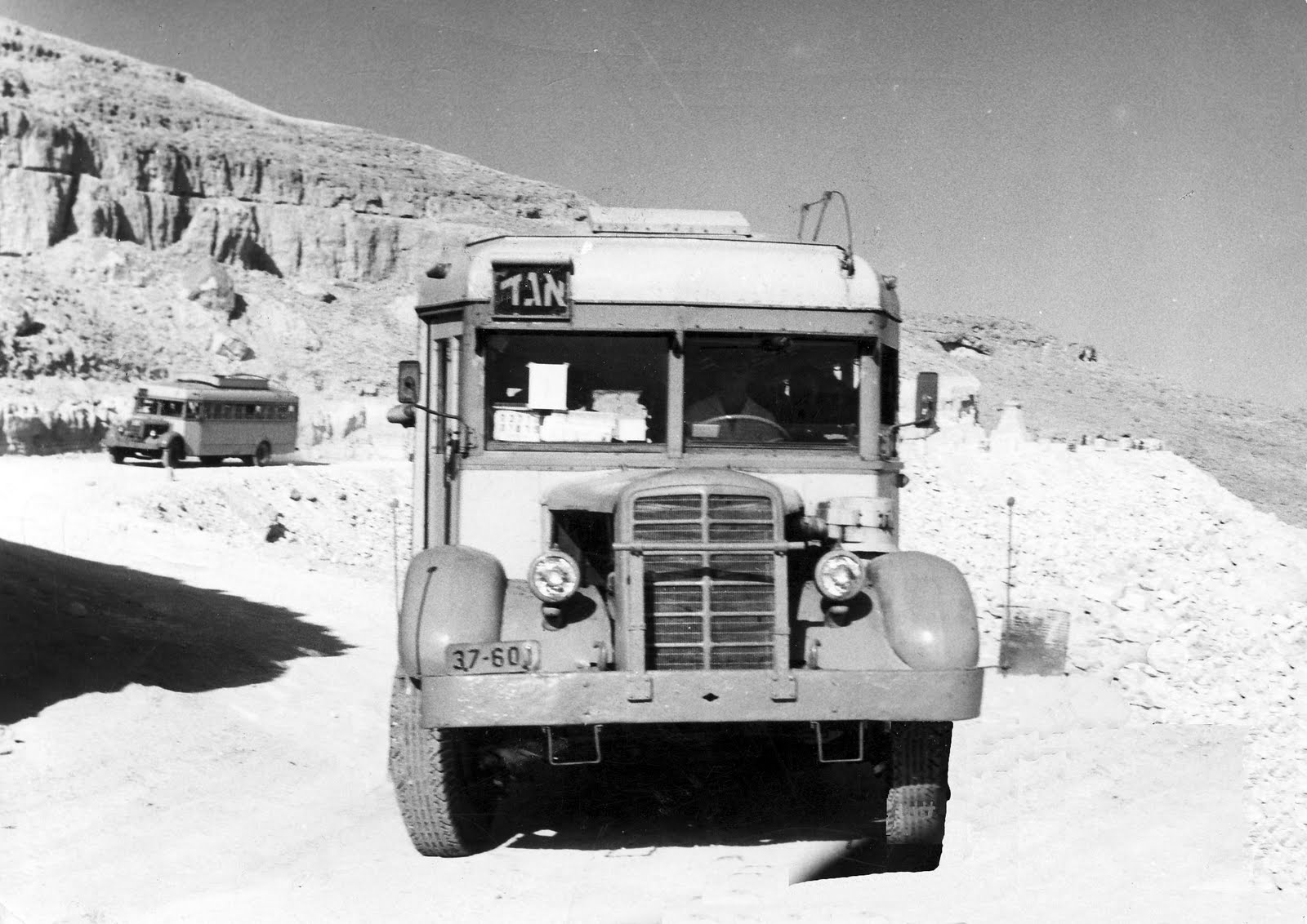 Denning double decker for sale - From The Advanced To The Archaic Even Though The Mack Was Produced Later Somewhere Between Tel Aviv And Eilat Israel Pic From A Goren S Blog