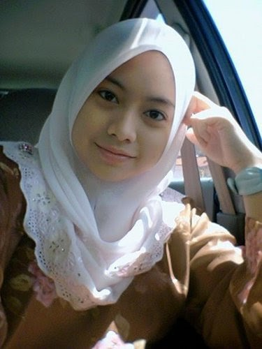 Beautiful Women Who Cover Up: Girls From Malaysia