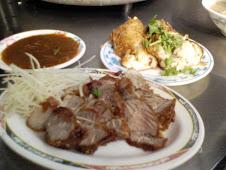 台北市汀州路肉粥e紅燒肉