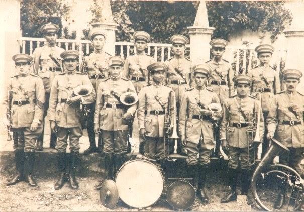 Resultado de imagem para banda de musica arnaldo toscano