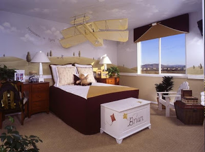 http://homeinteriordesigns1.blogspot.com/2011/08/bedroom-color-ideas.html