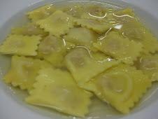 Tortelli Modenesi in Brodo
