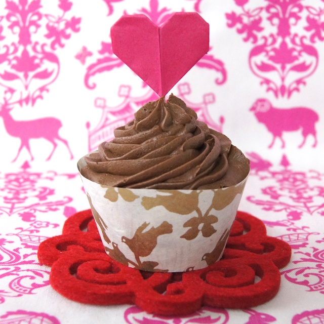 Omiyage Blogs Diy Origami Heart Cupcake Toppers