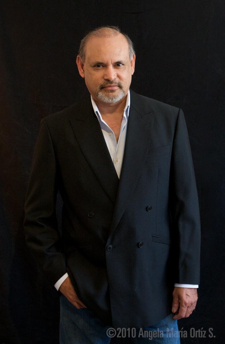 Enrique Castillo Net Worth