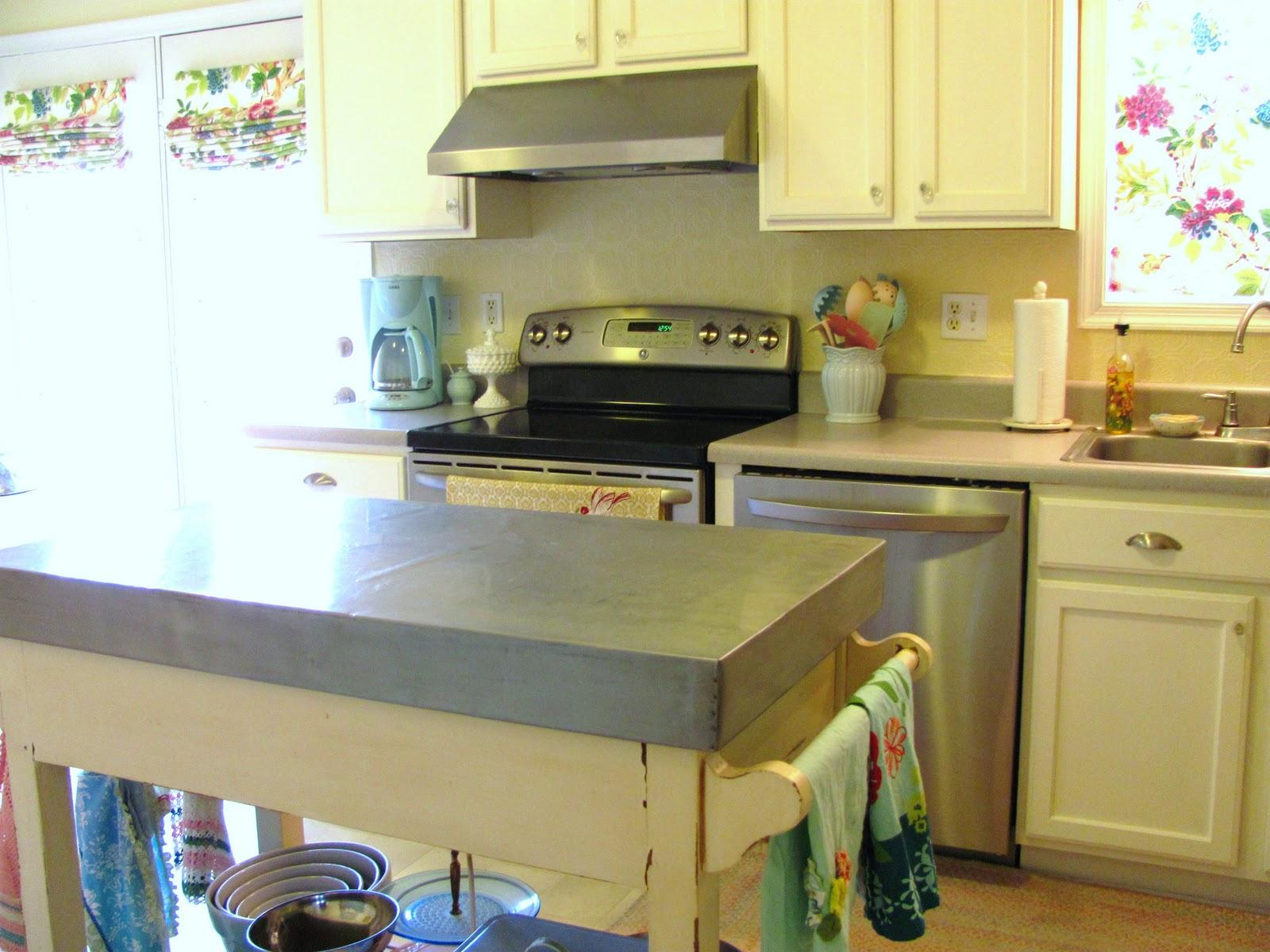http://3.bp.blogspot.com/_xo7qBBquSuY/TS_FAD1PhcI/AAAAAAAAACc/K-VypdLEBFI/s1600/kitchen6.JPG