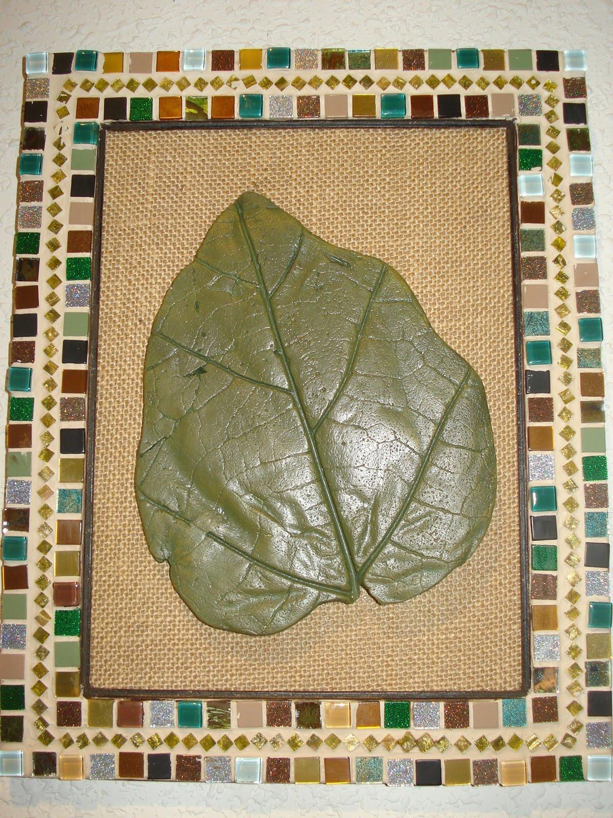 EL CORRALITO DE PIRAEUS: Marcos mosaico con hojas de yeso