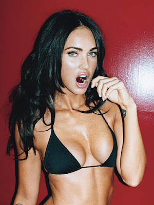 http://3.bp.blogspot.com/_xqfAbcElLMQ/ScRHzXsbrXI/AAAAAAAAATs/LuiWsyhS1WE/s400/megan+fox+lollipop.jpg