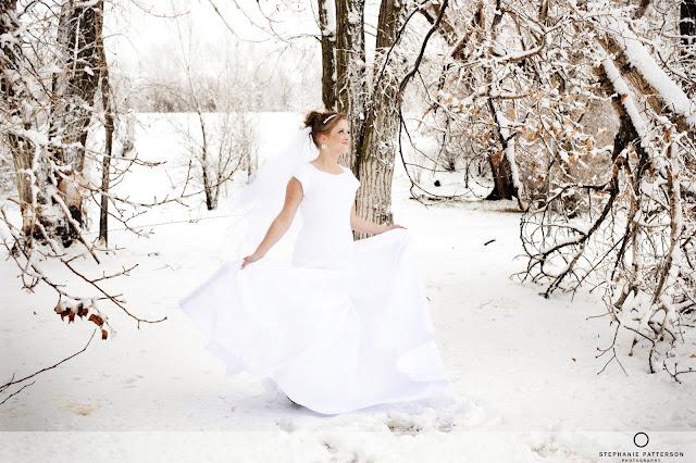 JennaBridals Blog33 Jenna ~ Winter Bridals ~ Idaho Wedding Photoraphy