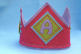 Mama Make It!!: birthday crown pattern and tutorial