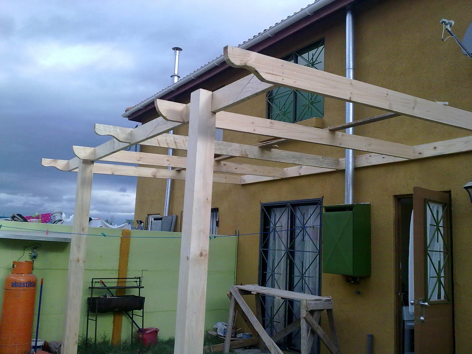 La fragua del herrero cobertizo madera for Cobertizo de madera para terraza