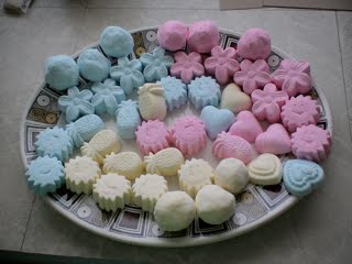 bath bombs. We don t use water in a bath bomb  this can set them off fizzing before they hit the tub and that s bad thing But sometimes you help it Point of Interest Back to basics Bath bombs