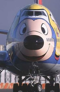 funny mickey mouse plane photo disneyland 747