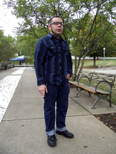 Blue fashion, roanoke fashion, roanoke street style, mens fashion in Virginia, virginia Street Style