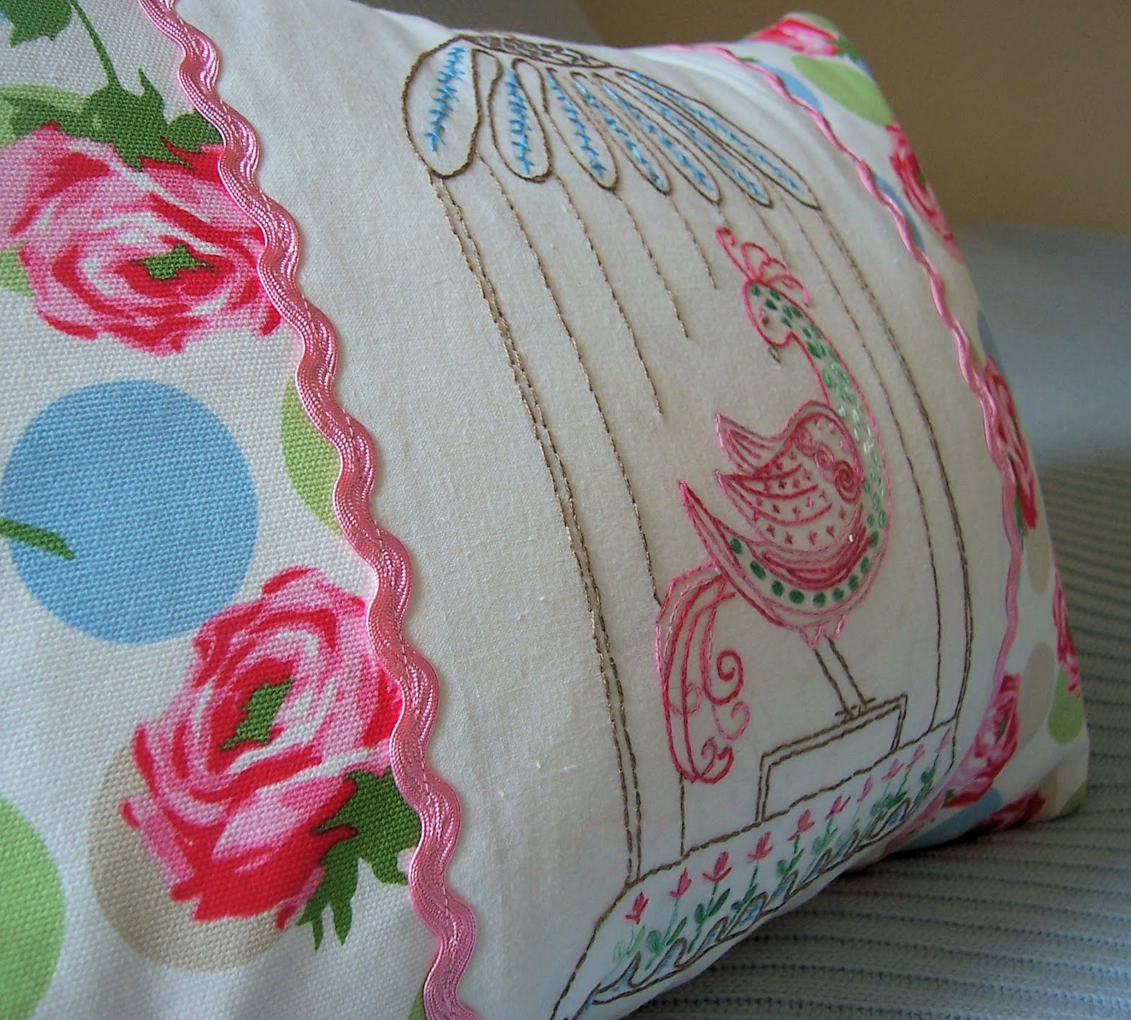 Groovy Bird Embroidered Pillow Tutorial