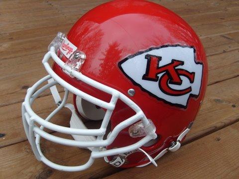 [Chiefs+Helmet]