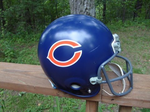 [Bears+Helmet]