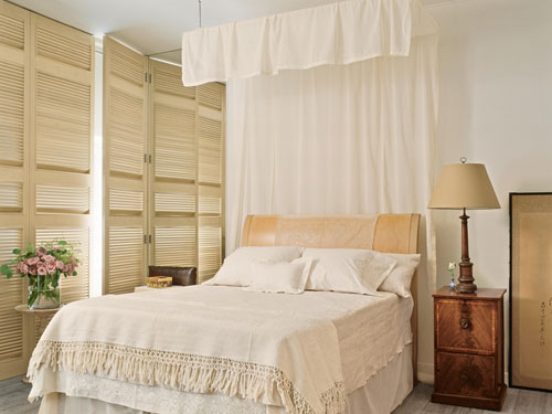 Canopy Bed Drape - How to Make Canopy Bed Drape - Elegant Home