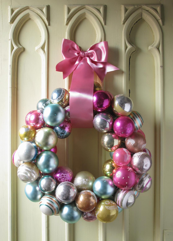 [wreath]