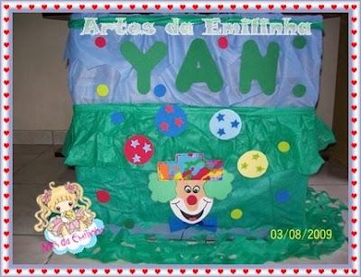 Caixa De Presente De Palhaco