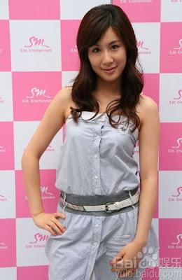 http://3.bp.blogspot.com/_y1IukkD68LQ/TUavzf8tX_I/AAAAAAAABfQ/Dls3fKF5Hf8/s400/Zhang_Li_Yin_26112009203426.jpg