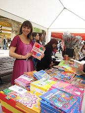 Firma de libros de Princesas en la Rambla Catalunya