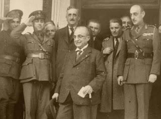 22 Νοεμβρίου 1940 Ο Ιωάννης Μεταξάς στη είσοδο του Γενικού Στρατηγείου στο Ξεν.