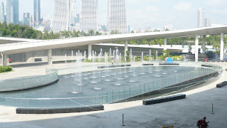 fountain at Marina Water Barrage