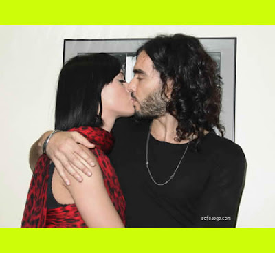 katy perry and russell brand kiss kissing I Kissed A Girl Russell Brand Talking