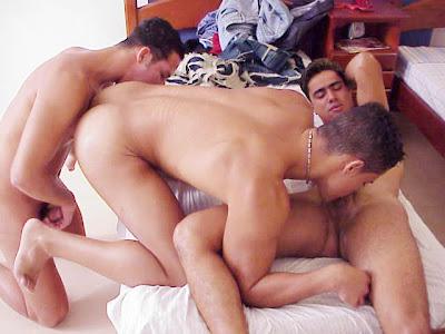 Jr Lopez porno gay