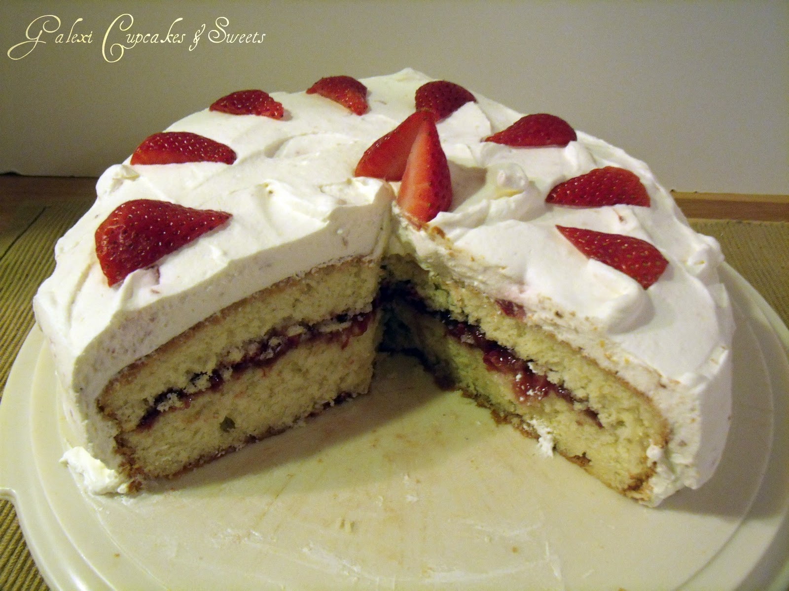 how to make strawberry filling for cakes