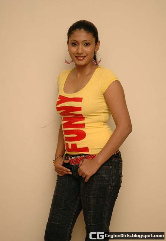 Srilankan Celebrities: Sri Lankan Hot & Sexy Teledrama Actress Yamuna ...