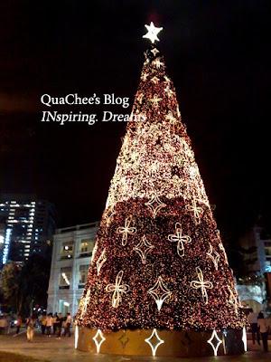 singapore christmas raffles city