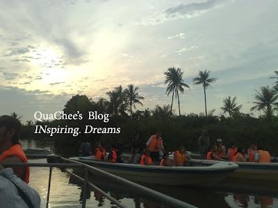 proboscis monkey tour sabah river cruise boat
