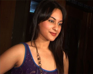 Sonakshi Sinha Bollywood Actress hot and sexy photo gallery