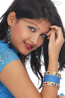 BD actress Sarika is a natural beauty of radiance model