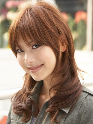 Choppy bangs Hairstyle 4. Natural texture. This look turns out best when you