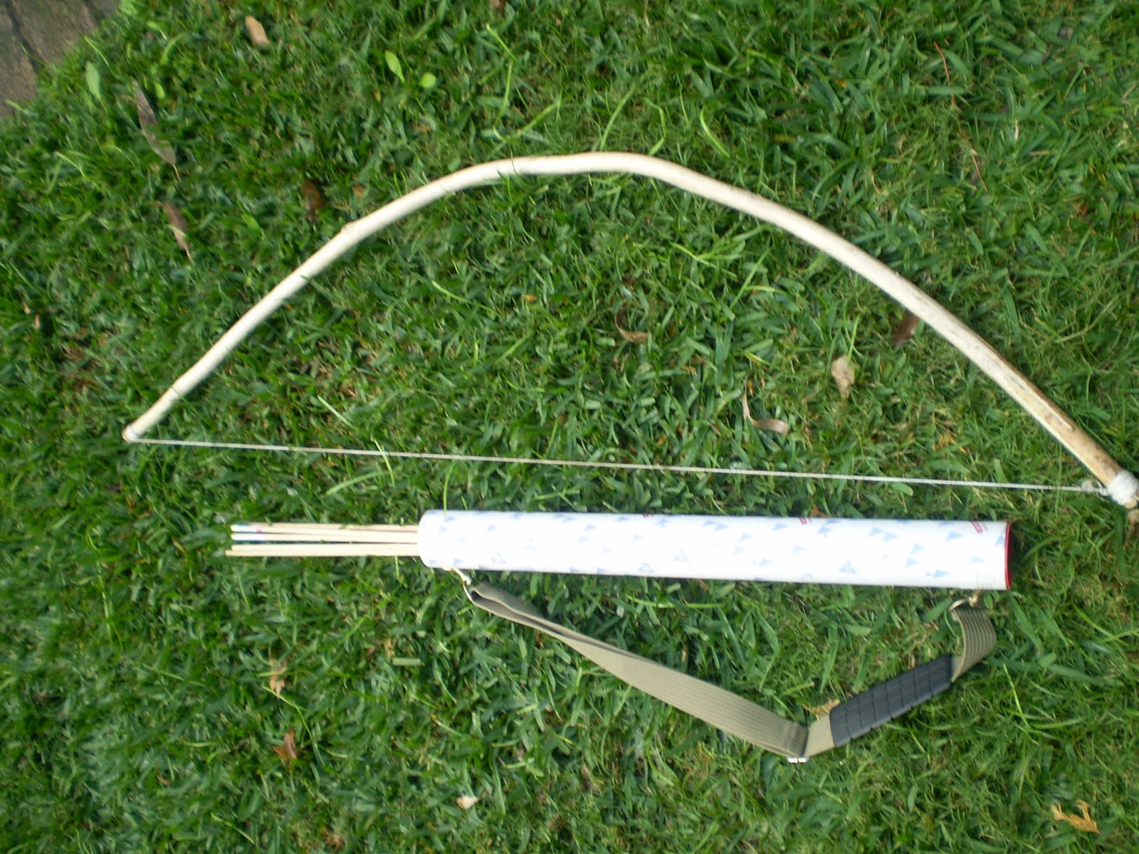 how to make a bow and arrow out of wood