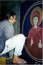 Paris Andoulakis trabajando en la Iglesia de Artaki (Grecia, 2002)