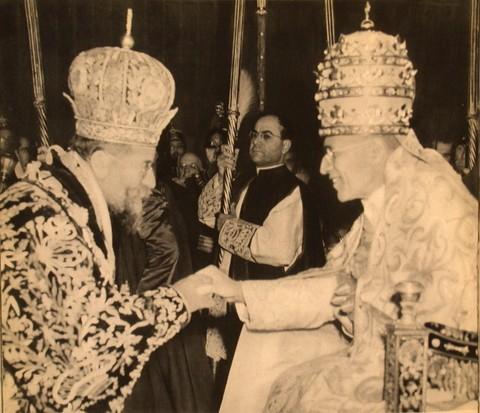 Su Santidad Pio XII y Maximos IV Saigh
