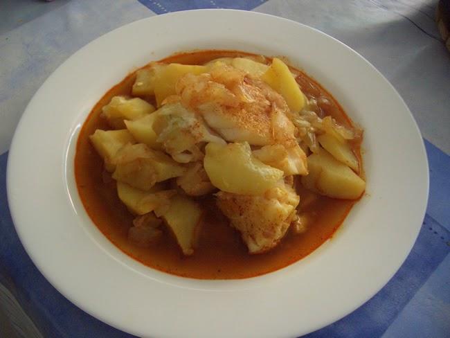 Gastronomia murciana pedro chico guiso de bacalao con for Cocina bacalao con patatas