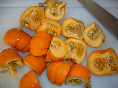 mini pumpkins from 2 green acres a maryland garden blog