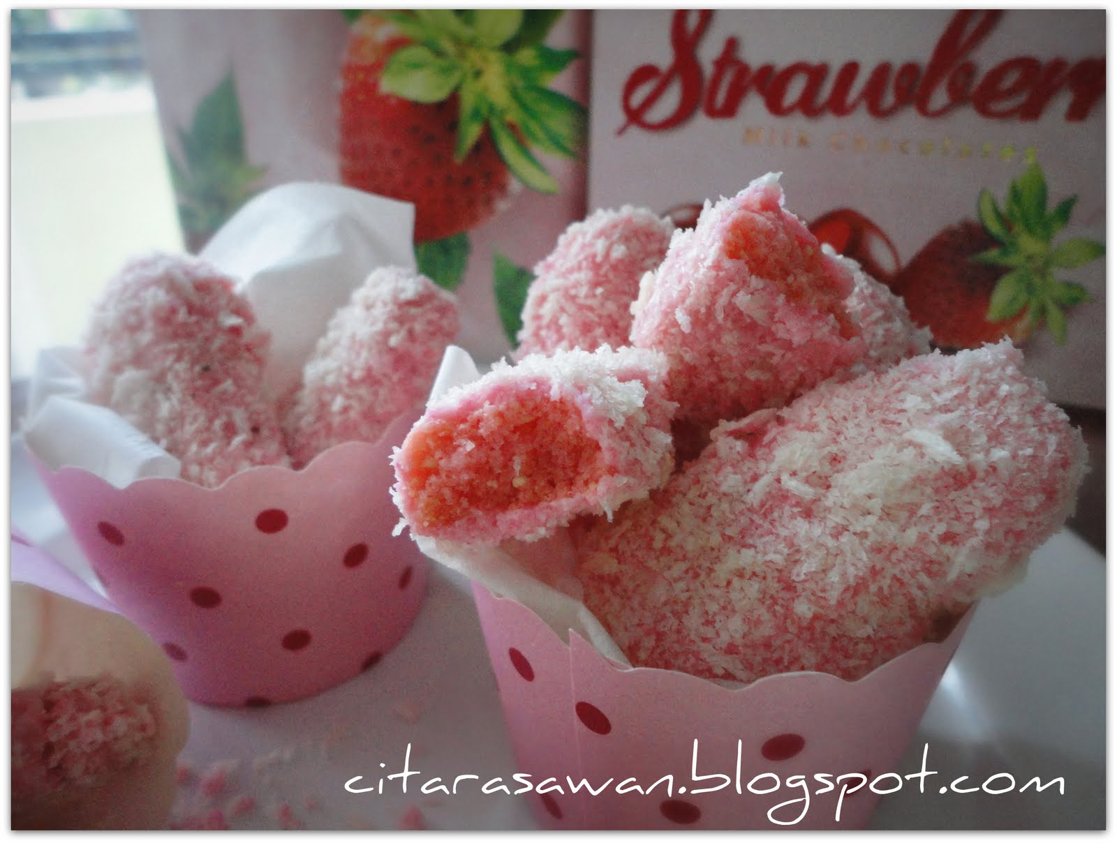 Strawberry Fingers Cookies