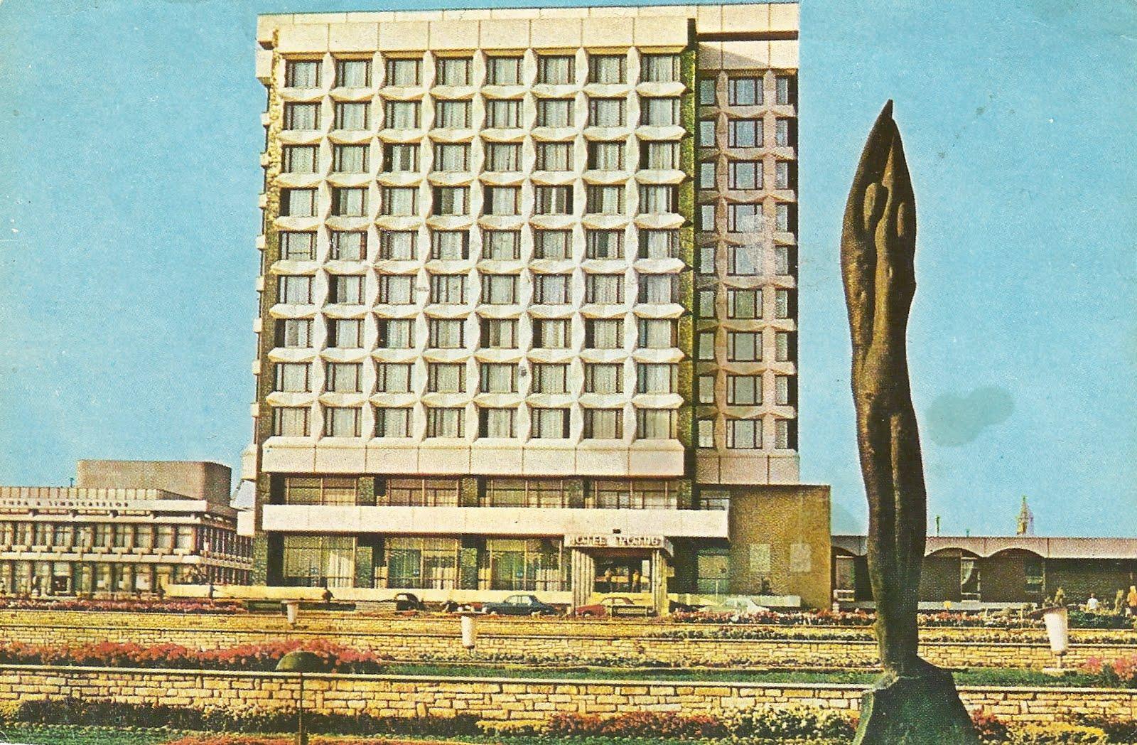 kuriosas  soviet building postcards